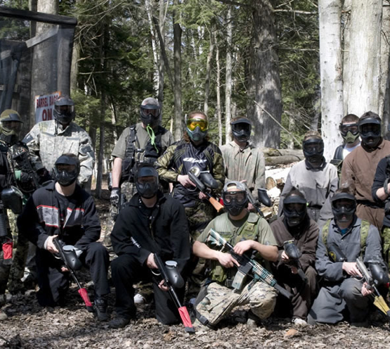 group photo of paintball players in Ottawa